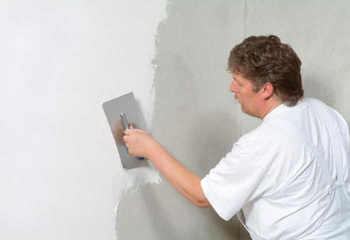 Подготовка стен перед поклейкой обоев: инструменты, этапы